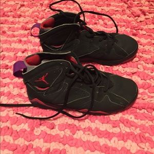 Air Jordan Retro Raptor 7 Size 6 Well Worn